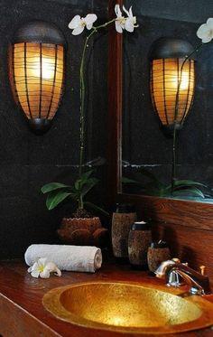 Colori preziosi - Tutta la preziosità dell'oro per arredare il bagno in stile orientale.