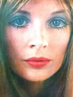 Vogue UK March 1969, Almay Cosmetics advertisement