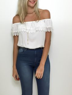 cute shirt for shorts or jeans Vogue Fashion, Girl Fashion, Fashion Outfits, Womens Fashion, Spring Outfits, Spring Summer Fashion, Autumn Fashion, Pretty Outfits, Cute Outfits