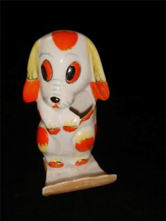 """Vintage  Toothbrush Holder """"Spaghetti Face"""" Sitting Pup Puppy Dog Made in Japan"""
