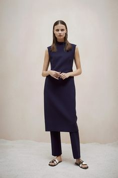 The Row Pre-Fall 2015 - Slideshow - Runway, Fashion Week, Fashion Shows, Reviews and Fashion Images - WWD.com