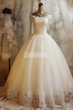 Princess Vintage Off Shoulder Capped Sleeves Ball Gown Wedding Dress