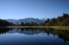 Lake Matheson for you ladies and gents.  Pic: @the_viewfinda  _________________________________  #wanaka #seasons #nz #travel #newzealand #kiwi #instatravel #travelgram #winter #snow #northisland #southisland #aotearoa #scenery #sceneryporn #beautiful #cold #ourplanetdaily #neverstopexploring #lonelyplanet #splendid_earth #tourtheplanet #beautifuldestinations #igbest_shotz #naturelovers #roamtheplanet #worldshotz #wanderlust #openmyworld