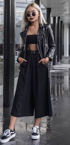 how to style a pair of wide pants : crop top + sneakers + jacket