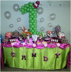 A fun and colorful candy bar from one of our amazing customers.