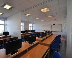 Sala komputerowa do wynajęcia w Toruniu #sale #saleszkoleniowe #saletorun #salaszkoleniowa #szkolenia  #szkoleniowe #sala #szkoleniowa #toruniu #konferencyjne #konferencyjna #wynajem #sal #sali #torun #szkolenie #konferencja #wynajęcia #toruń