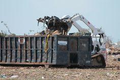 Våran avfallscontainer. Boke din nå hos Containerutle oslo http://www.oslocontainerutleie.no   Kontaktinfo: Containerutleie Oslo Gøteborggata 10A 0566 Oslo 23 96 13 33