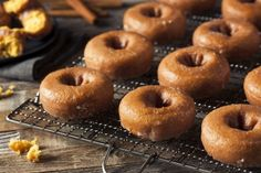 gluten-free vegan donut recipe sounds too good to be true, right? Just when you thought you had to nix your donut habit Apple Cider Doughnut Recipe, Baked Apple Cider Doughnuts, Healthy Doughnuts, Pumpkin Donuts Recipe, Baked Donuts, Yummy Donuts, Recipes With Coconut Cream, Coconut Recipes, Gluten Free Vegan Donut Recipe