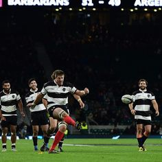 Bakkies Botha signing off for @barbarians_fc in style by channeling his @jonnywilkinson_ skills! #baabaas
