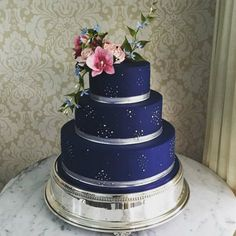 Beautiful Wedding Cakes, Beautiful Cakes, Amazing Cakes, Navy Blue Wedding Cakes, Quince Cakes, Quinceanera Cakes, Blue Cakes, Sweet 16 Parties, Elegant Cakes