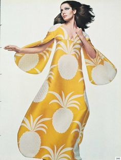 Gian Paolo Barbieri 1969 Vogue Italia ...vintage pineapples!