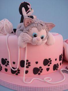 Girly Cakes, Cute Cakes, Fondant Cat, Kitten Cake, Cat Cake Topper, Animal Cakes, Novelty Cakes, Cake Creations, Creative Cakes