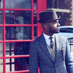 On a Sunday morning. Hat by @paulsmithdesign Shirt by @austinreeduk Tie by @pocketsquareclothing Jacket by @hackettlondon Ph by @donyapatrice #Sunday #Sundaymorning #telphonebox #london #styleblogger #fashionblogger #personalstyle #personalstyleblogger #styleinfluencer #menstyleblogger #style #styling #menswear #mensstyle #mensstyling #mensfashion #sartorial #instapic #londonblogger #menswearblogger #stylesibling