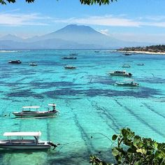 Nusa Lembongan Island, Bali, Indonesia (by @debbythio)