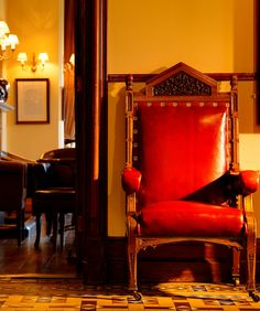 The ornate furniture in Mount Falcon gives a feeling of grandeur and luxury