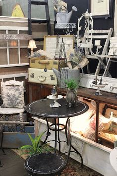 Monticello Antique Marketplace: What's New at Monticello....