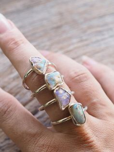 Rough Fossil Opal Ring Opal helps you to let go of patterns fear, anger, negativity and self-harm. This gemstone represents innocence, purity and hope.