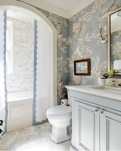 Blue floral bathroom powder room design (get rid of curtain, though). Lovely vanity, too. Home Interior, Bathroom Interior, Interior Design, Parisian Bathroom, Design Bathroom, Feminine Bathroom, Interior Paint, Kitchen Design, Dream Bathrooms