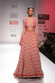 Pia Pauro Wills Lifestyle India Fashion Week A/W 2014