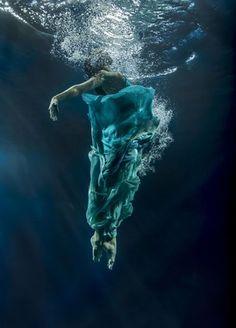 Underwater Love...photo by Maya Almeida.
