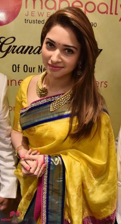 Indian beauty saree - How To Wear Fashion Jewellery For Silk Sarees – Indian beauty saree Saree Jewellery, Fashion Jewellery, Saree Trends, Most Beautiful Indian Actress, Hollywood, Party Wear Sarees, Indian Beauty Saree, Saree Styles, Beautiful Saree