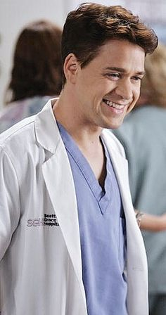 Greys Anatomy George, Greys Anatomy Funny, Greys Anatomy Characters, Greys Anatomy Cast, Grey Anatomy Quotes, Love Tv Series, Grey's Anatomy Tv Show, Grey Quotes, Netflix