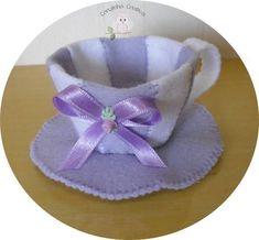 Mini-Xícaras em feltro, para lembrancinhas de chá de cozinha, Chá de bebê,feitas à mão sob encomenda nas cores que você desejar.