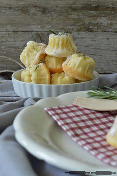 ABOUT VERENA : Mini Zitronen Rosmarin Gugls / Lemon Rosmary Bundt Cakes