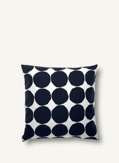 Give your living room a quick make over with the Pienet Kivet cushion cover by Marimekko. The pattern is a classic Marimekko design by… Marimekko, Handmade Pillows, Decorative Pillows, Decorative Objects, Cushion Covers, Pillow Covers, Textiles, House Doctor, Home Decor Accessories