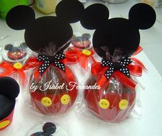 Maybe party favors for Averys party Fiesta Mickey Mouse, Mickey Mouse Parties, Mickey Party, Mickey Minnie Mouse, Mickey Mouse First Birthday, Mickey Mouse Baby Shower, Mickey Mouse Clubhouse Birthday Party, Birthday Parties, Chocolate Apples