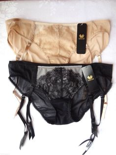 Wacoal Panty with Removable Garters Retro Chic 848186 Black, Beige Size M NEW #Wacoal #Bikinis