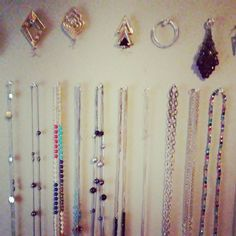 When your jewelry obsession is gettin outta control and you handle it with some clear thumbtacks #diy #gettingshitdone #sundayfunday #doingme #jewelry #jewelryjunkie #easydoesit #obssessed #ocdproblems #organization #bling #blingedout