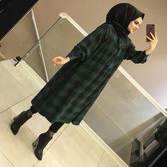 Hijab Style Dress, Casual Hijab Outfit, Hijab Chic, Dress Outfits, Abaya Style, Modern Hijab Fashion, Muslim Fashion, Modest Fashion, Fashion Outfits