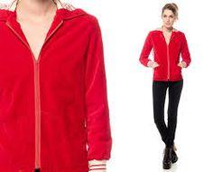 Resultado de imagen para red coat for old women