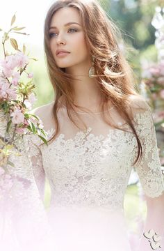 Beautiful wedding dress and wedding makeup for a bride