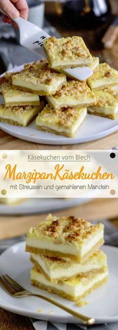 Käsekuchen vom Blech mit Marzipanstreuseln und gemahlenen Mandeln