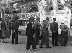 """Barcelona. Poster of the famous slogan """"No Pasaran!"""" which became the battle-cry of the Republican forces. 1936."""