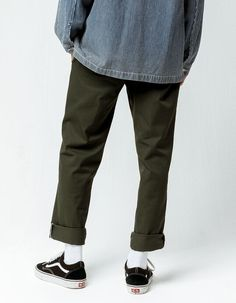 Particulars 250291 Dickies 850 slender taper flex pants. Slant front pockets with key welt back pockets. Squat fly with contrast reduce at zipper. Grunge Outfits, Retro Outfits, Vintage Outfits, Vintage Pants, Korean Outfits, Mens Fall Outfits, Summer Outfits, Mode Streetwear, Mens Streetwear Fashion