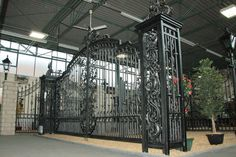 Wrought Iron Gates Showroom, installers & supply only showrooms Manchester, Birmingham, Lancashire GatesIron