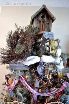 An all natural junk filled 2011 Christmas home tourFunky Junk Interiors #easyholidayideas