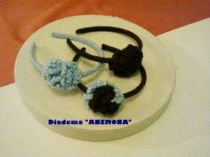 Diademas anemona de ganchillo en celeste y chocolate