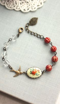 Beautiful bird bracelet,,,, like all the elements & the chain for various sizing
