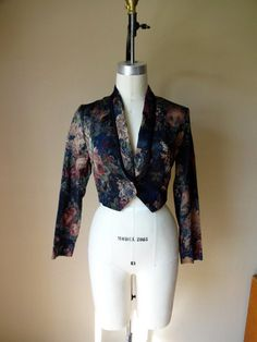 #Floral Brocade #Blazer S/M by bettiedarling on #Etsy, $32.00 #90s