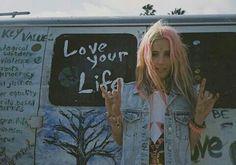 Happy Hippie, Hippie Love, Hippie Bohemian, Hippie Couple, Hippie Chick, Grunge Hippie, Hippie Vibes, Young Wild Free, Wild And Free