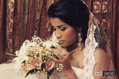 """""""Boda @yarianad24 #novia #boda #wendding #brinde #groom #weddingphotography #matrimonio #celebración #foto #fotografodevenezuela #fotografodebodas #fotógrafo #fotografía #Picture #novio #Valencia #Carabobo #Venezuela #nacional #fotografovenezolano #fotografointernacional #internacional #colombia #medellin #antioquia #love #girls #preparativosdeboda #contrataciones #sigueme"""" by @fotografojorgesanchez. #eventplanner #weddingdesign #невеста #brides #свадьба #junebugweddings #greenweddingshoes…"""