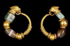 Ancient Macedonian pair of earrings, 200-100 years B.C, Hellenistic Period, found in Luxor, Egypt. Currently in Fitzwilliam Museum.
