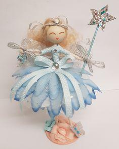 Fairy Crafts, Garden Crafts, Garden Ideas, Fairy Lanterns, Flower Fairies, Fairy Dolls, Fairy Gardens, Blue Flowers, Fountain