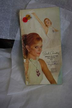 VTG-fall-1973-Sarah-Coventry-Fashion-Jewelry-Collection-Catalog-Rings-Necklace