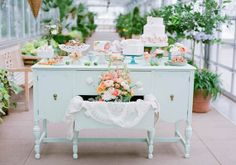 peaches, dipped mint and blue glass. #weddingwonderful