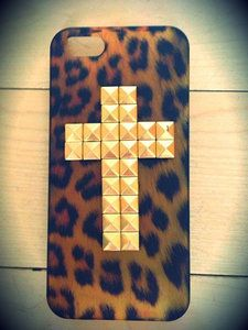 Price:$9.99 - On Sale leopard Rivet cross case for iphone 4/4s/5